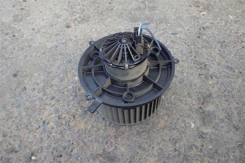 Мотор печки Nissan Moco MG21S