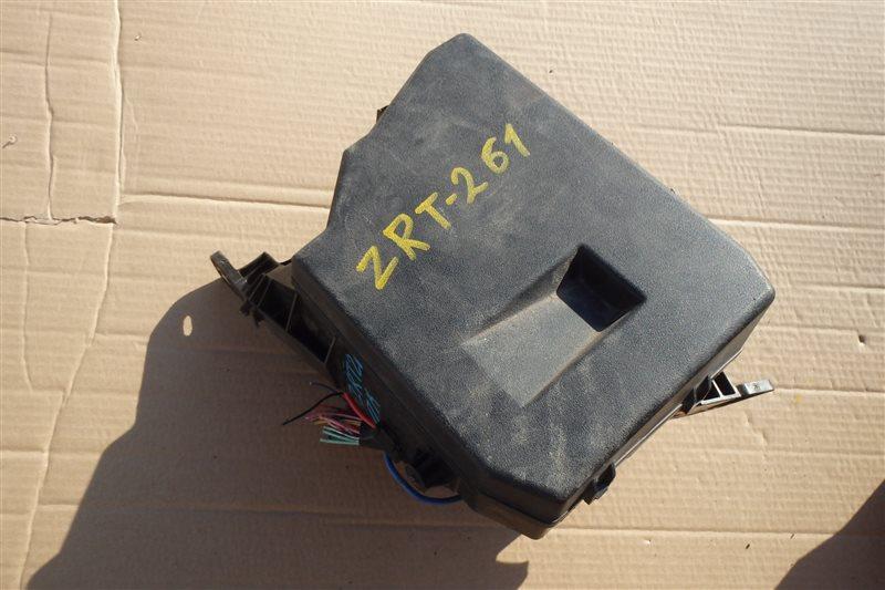 Блок предохранителей Toyota Allion ZRT261 3ZR-FAE 2008