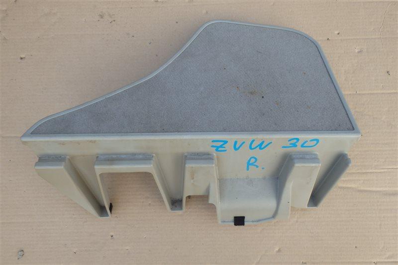 Пол багажника Toyota Prius ZVW30 2ZR-FXE 2009 правый