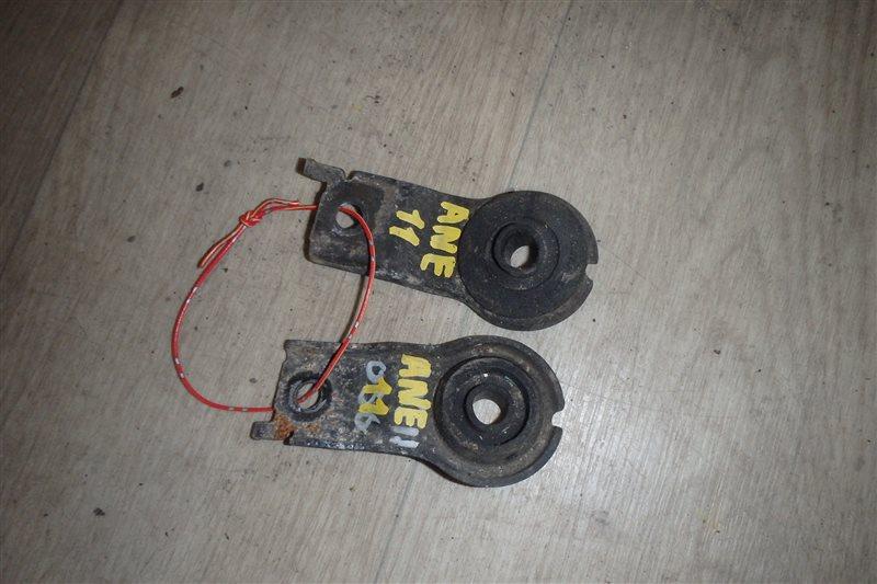 Крепление радиатора Toyota Wish ANE11 1AZ-FSE