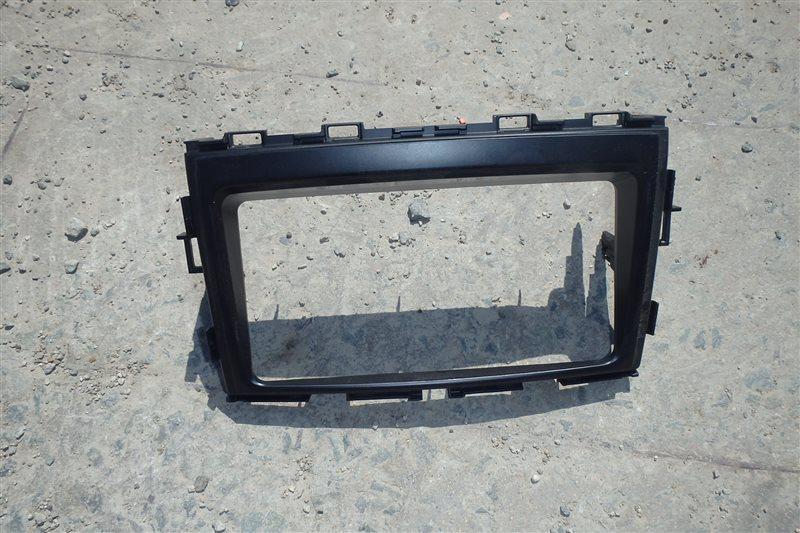Консоль магнитофона Toyota Voxy ZRR70 3ZR-FE 2008