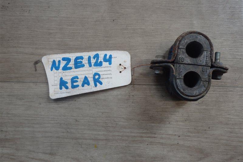 Крепление стабилизатора Toyota Corolla NZE124 1NZ-FE заднее