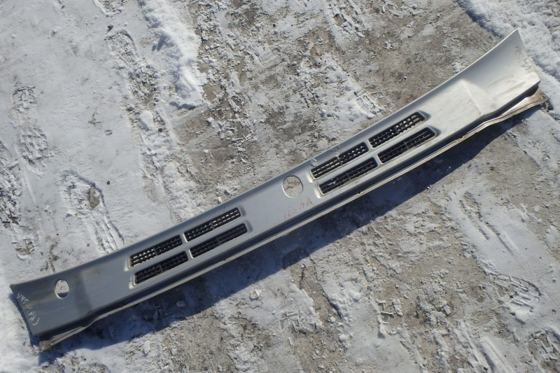 Жабо Mitsubishi Pajero V45W 6G74 1998
