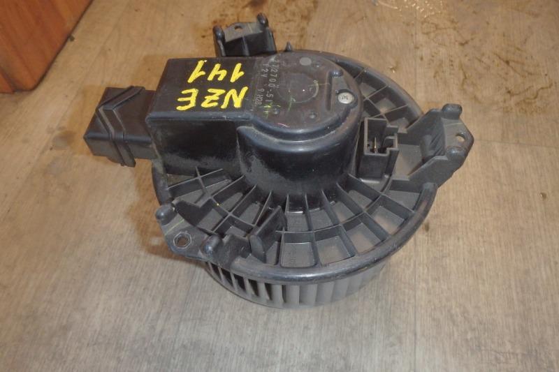 Мотор печки Toyota Corolla Axio NZE141 1NZ-FE 2008