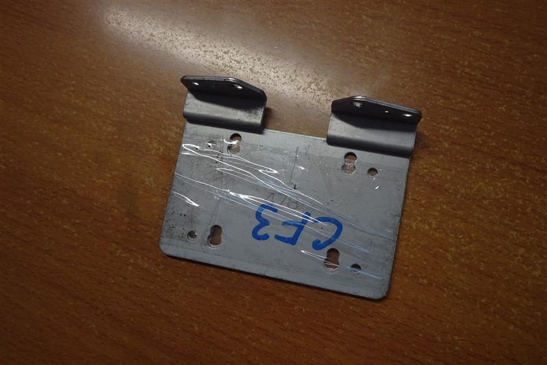 Крепление магнитофона Honda Accord CF3 F18B 2001