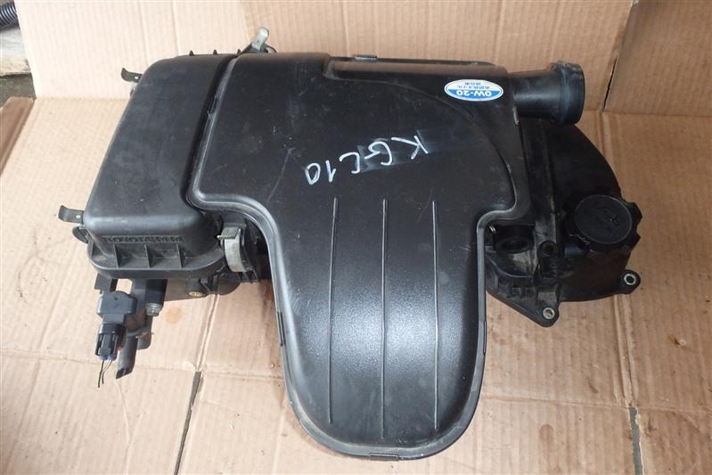 Корпус воздушного фильтра Toyota Passo KGC10 1KR-FE