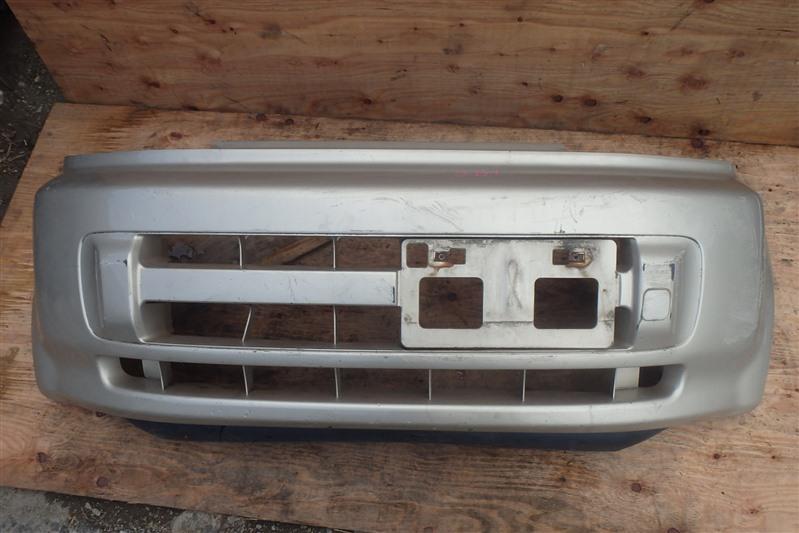 Бампер Honda Life JB1 E07Z 2000 передний