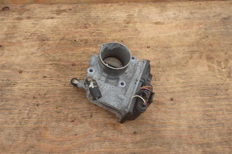 Заслонка дроссельная Toyota Sienta NCP81 1NZ-FE