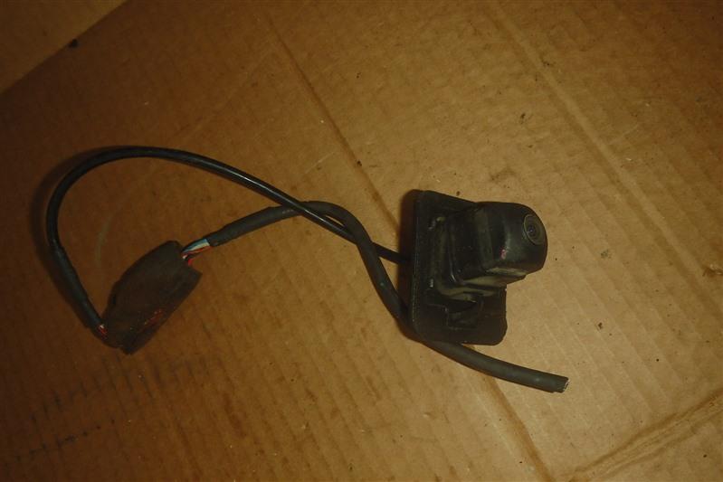 Камера заднего вида Mazda Demio DY3W ZJ задняя
