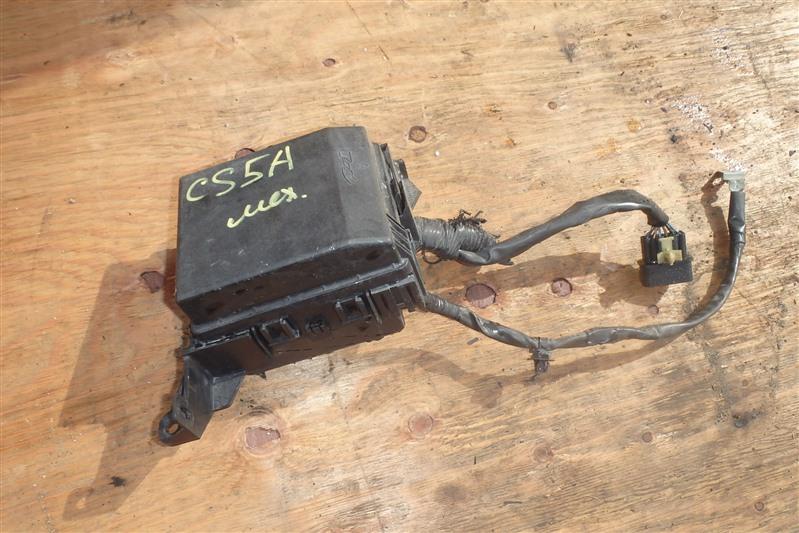 Блок предохранителей Mitsubishi Lancer Cedia CS5A 4G93
