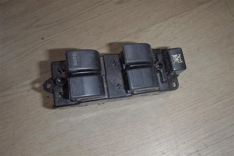 Блок управления стеклоподъемниками Mazda Atenza GY3W L3-VE передний правый