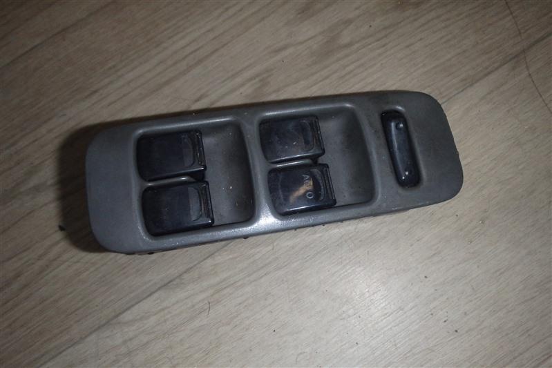 Блок управления стеклоподъемниками Suzuki Wagon R MC11S F6A передний правый