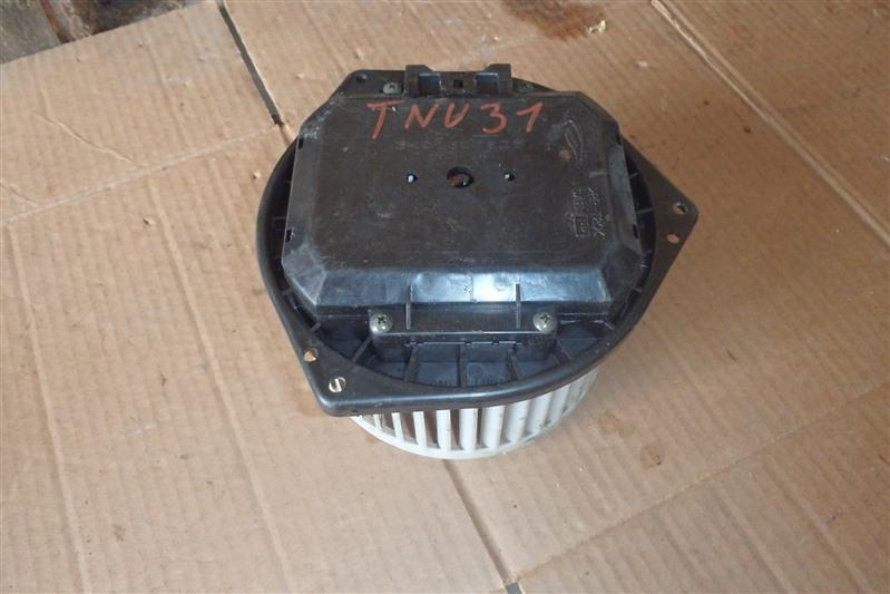 Мотор печки Nissan Presage TNU31 QR25DE