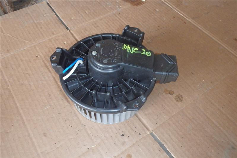 Мотор печки Toyota Bb QNC20 K3-VE