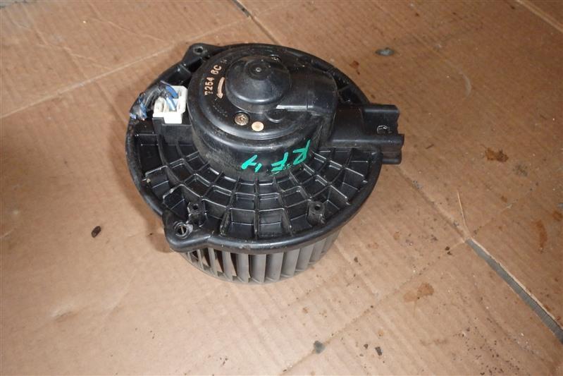 Мотор печки Honda Step Wagon RF4 K20A