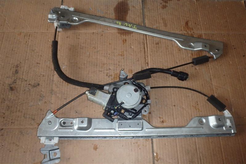 Стеклоподъемник Nissan Presage TNU31 QR25DE передний правый
