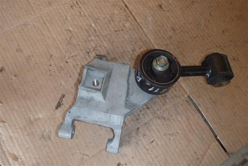 Подушка двигателя Nissan Bluebird Sylphy KG11 MR20DE правая верхняя