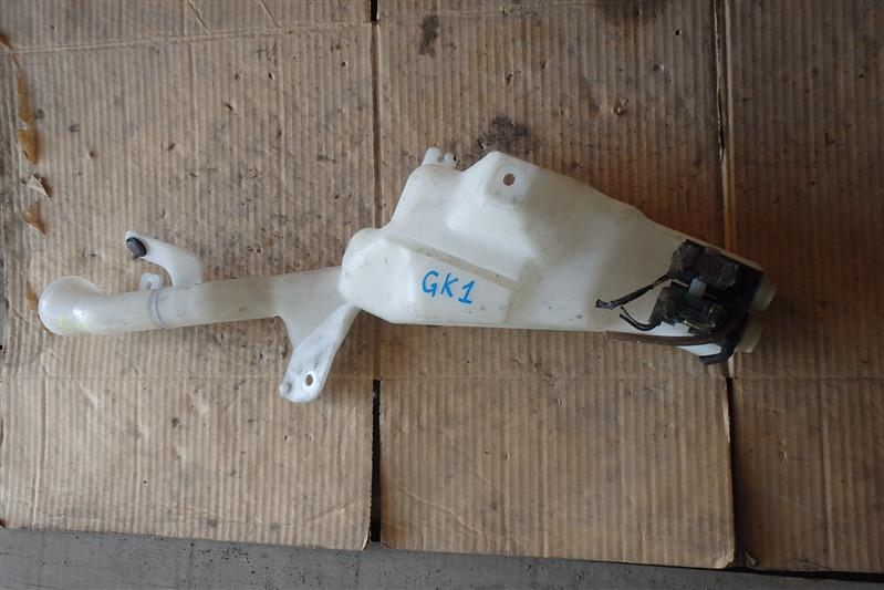 Бачок омывателя Honda Mobilio Spike GK1 L15A