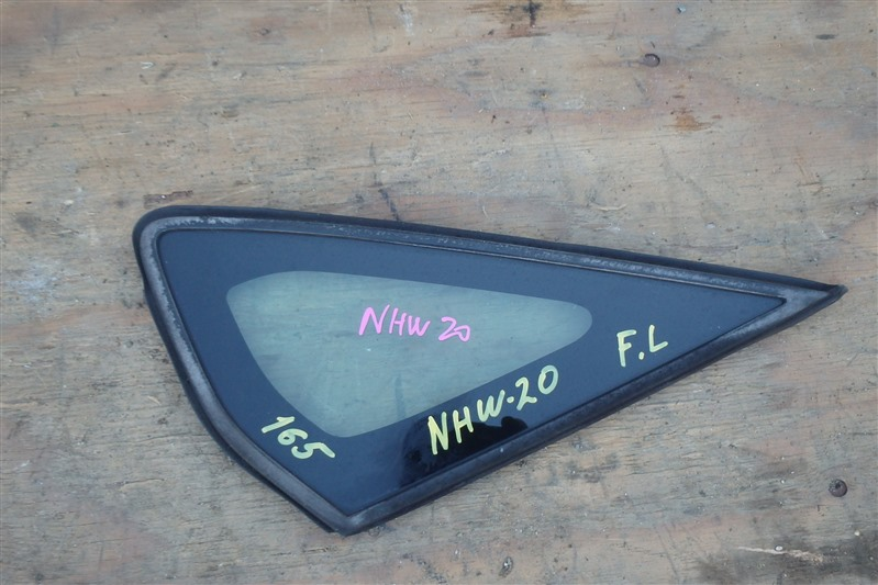 Форточка кузова Toyota Prius NHW20 1NZ-FXE 2006 передняя левая