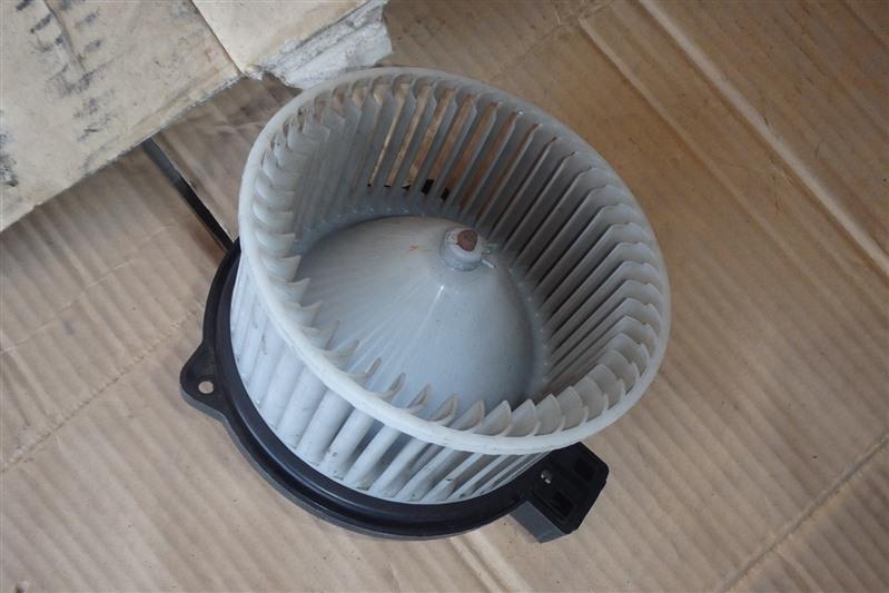Мотор печки Mazda Demio DY3W ZJ