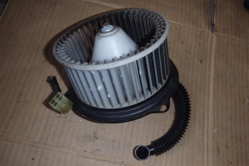 Мотор печки Mazda Titan SYE4T FE