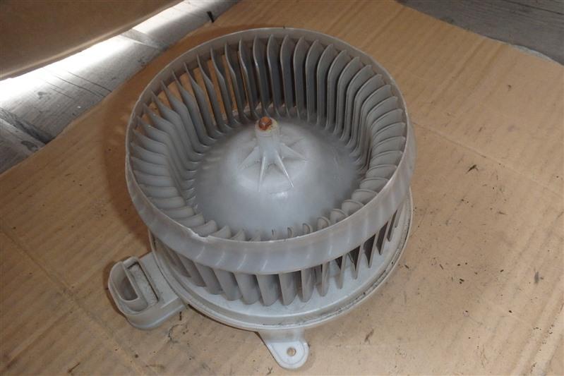 Мотор печки Toyota Crown GRS180 4GR-FSE