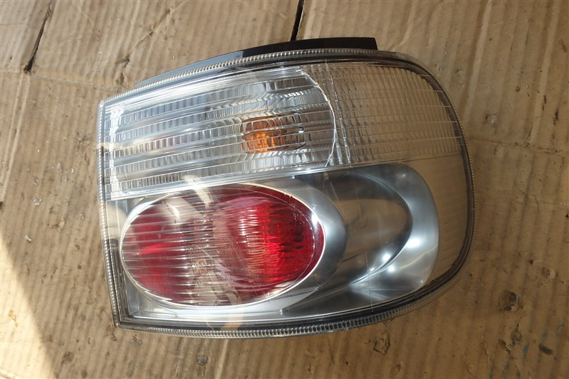 Стоп Daihatsu Tanto L360S EF-VE 2006 задний правый