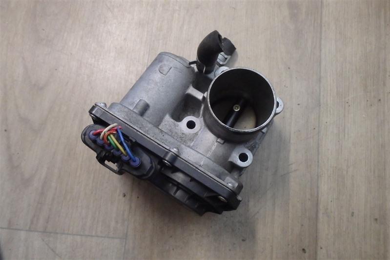 Заслонка дроссельная Subaru Stella RN1 EN07