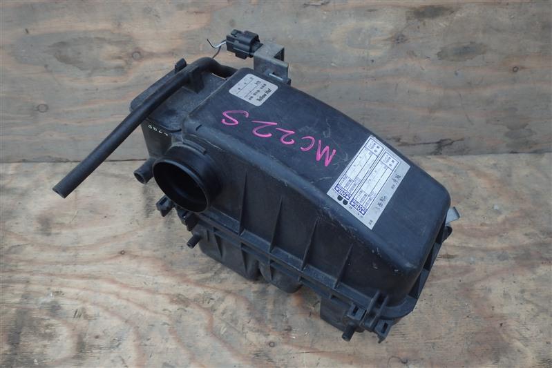 Корпус воздушного фильтра Suzuki Wagon R MC22S K6A-T