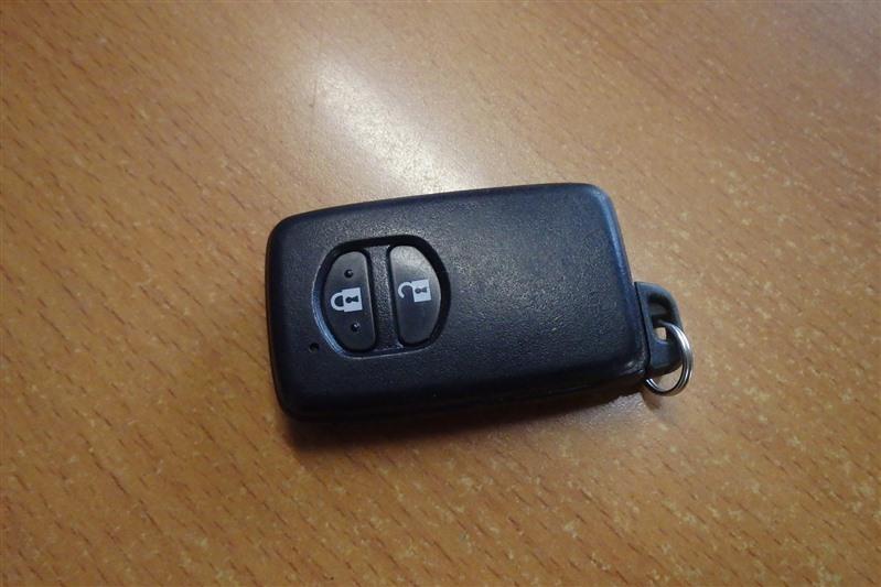 Чип-ключ Toyota Prius ZVW30 2ZR-FXE