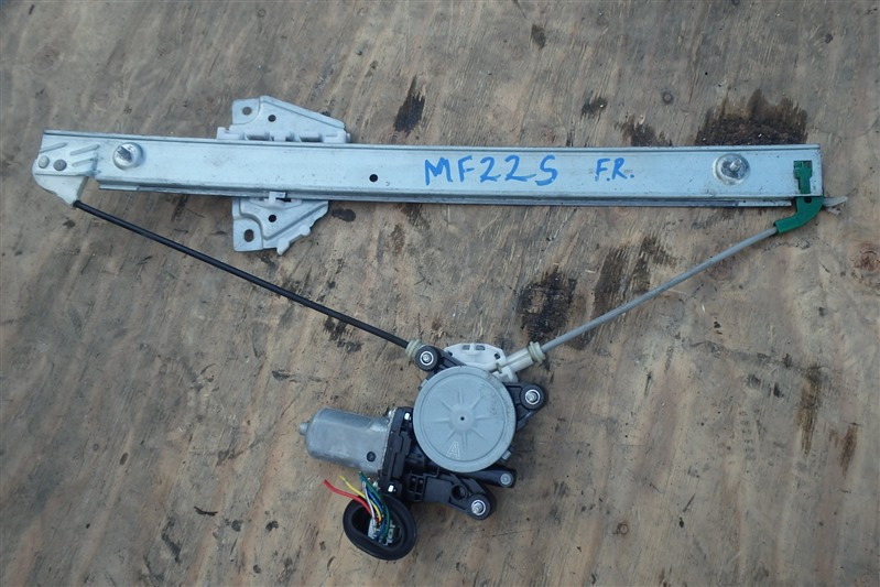 Стеклоподъемник Suzuki Mr Wagon MF22S K6A передний правый