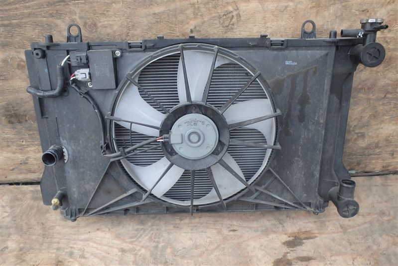 Радиатор Toyota Corolla Fielder NZE141 1NZ-FE