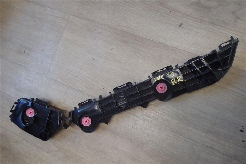 Крепление бампера с крыла Lexus Rc300H AVC10 2AR-FSE заднее правое