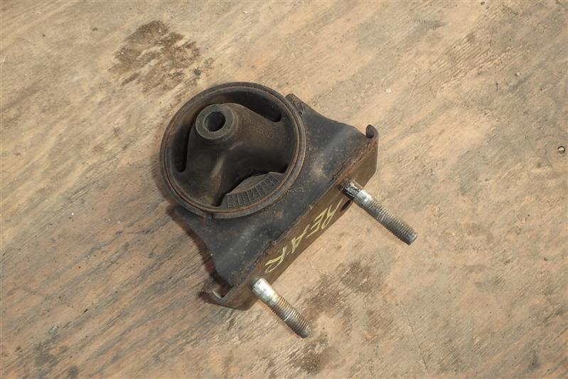 Подушка двигателя Toyota Rav4 ACA20 1AZ-FSE задняя