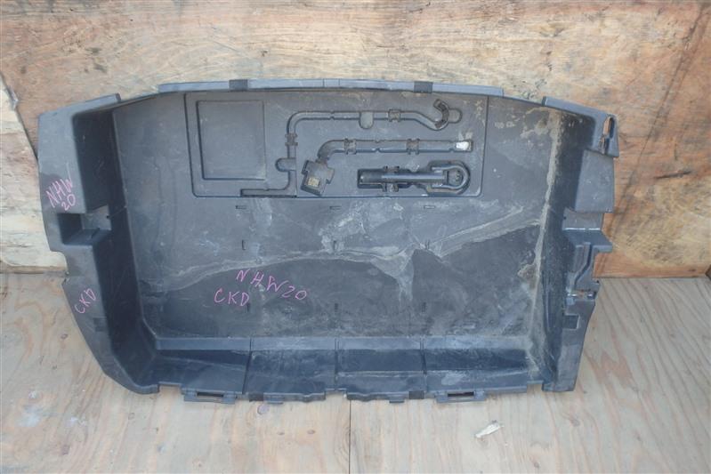 Ящик в багажник Toyota Prius NHW20 1NZ-FXE