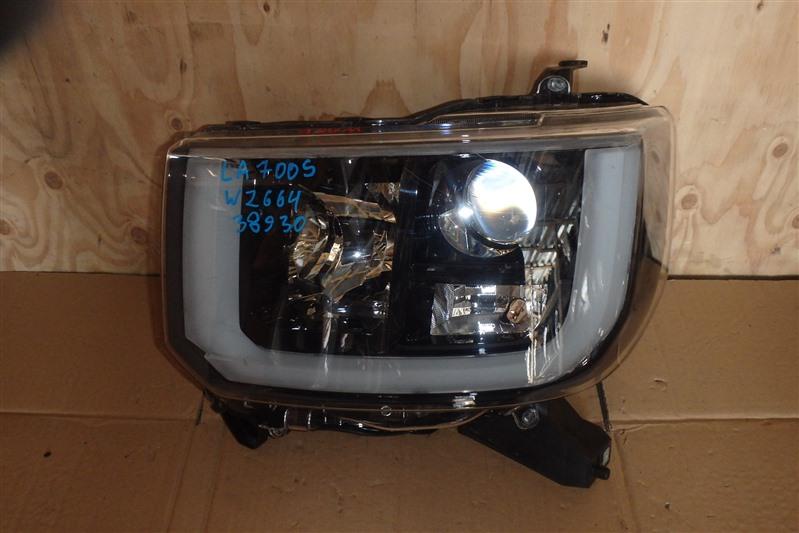 Фара Daihatsu Wake LA700S KF-VE передняя левая