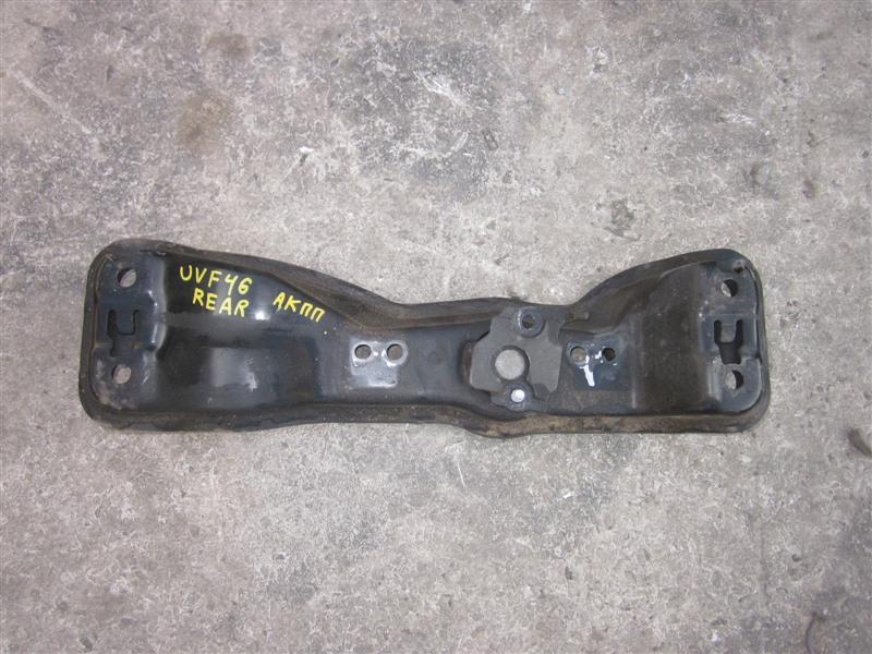 Балка под кпп Lexus Ls600Hl UVF46 2UR-FSE 2011 задняя