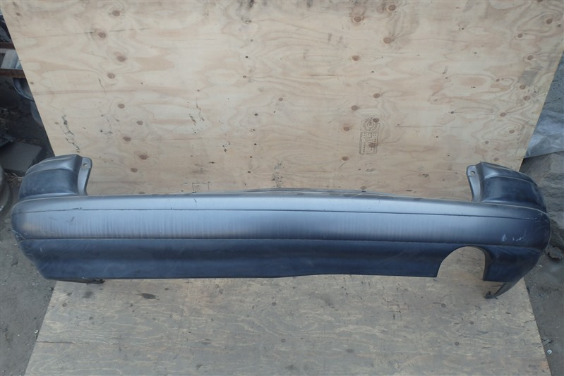 Бампер Toyota Caldina ST191 3S-FE 1992 задний