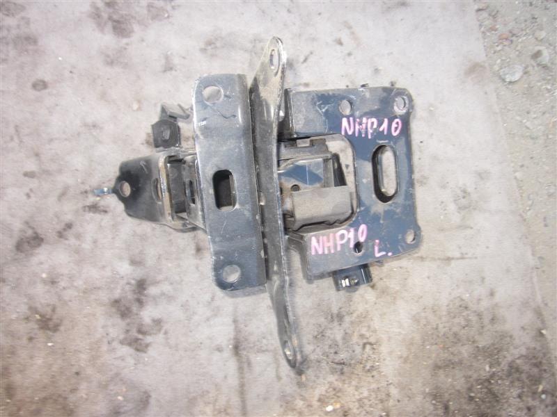 Подушка двигателя Toyota Aqua NHP10 1NZ-FXE 2014 левая