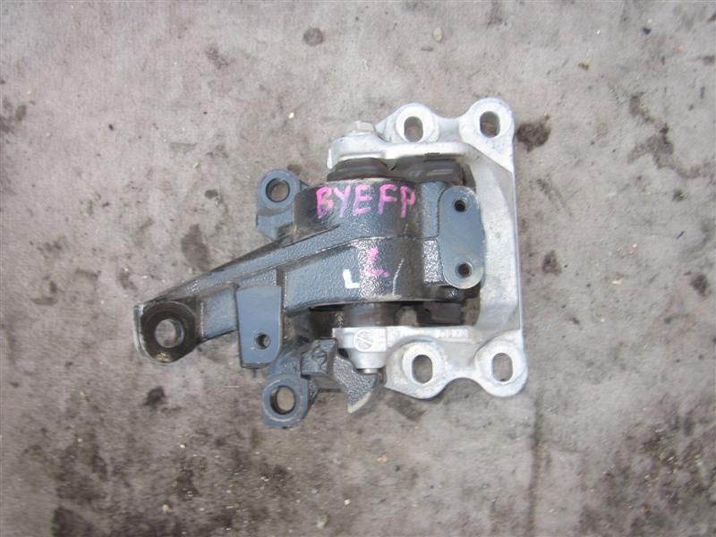 Подушка двигателя Mazda Axela Hybrid BYEFP PE-VPH 2014 левая