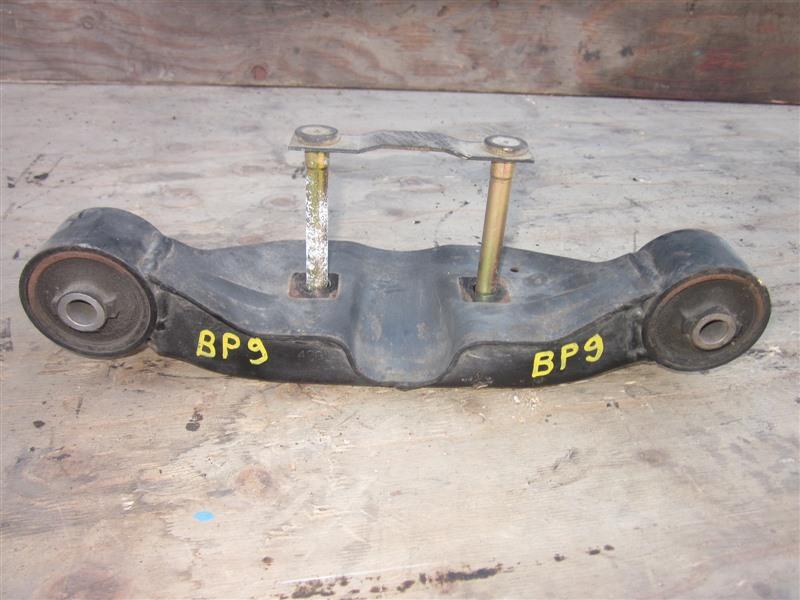 Крепление редуктора Subaru Outback BP9 EJ25