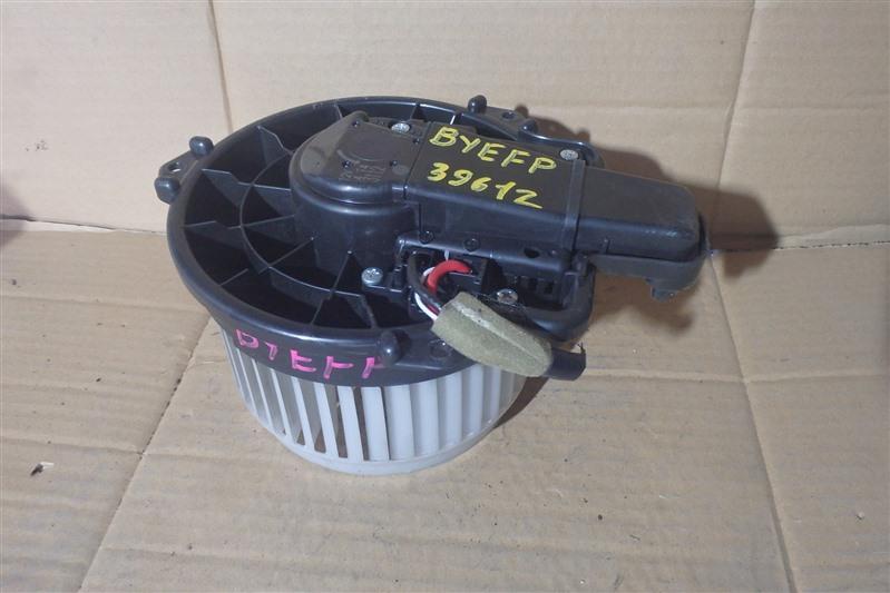 Мотор печки Mazda Axela Hybrid BYEFP PE-VPH 2014