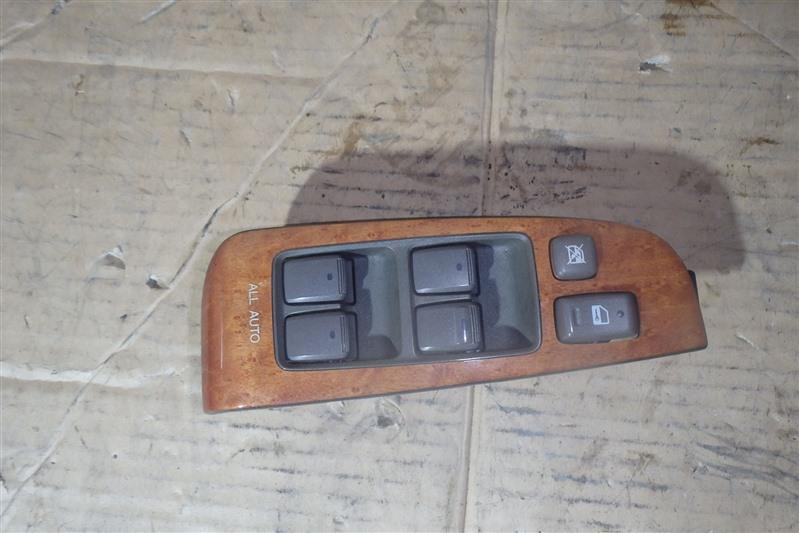 Блок управления стеклоподъемниками Toyota Celsior UCF30 3UZ-FE передний правый