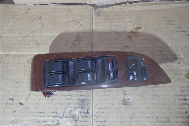 Блок управления стеклоподъемниками Honda Legend KA9 C35A передний правый