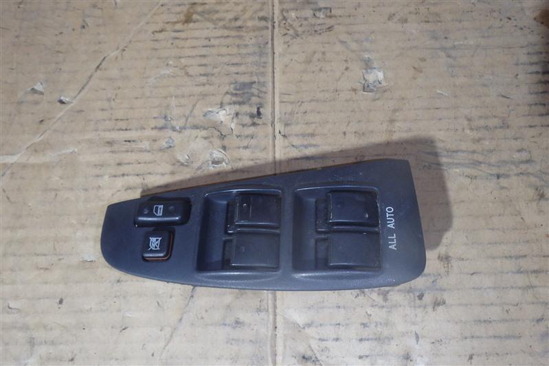 Блок управления стеклоподъемниками Toyota Avensis AZT250 1AZ-FSE передний правый