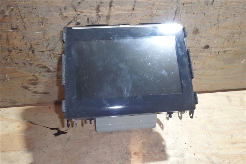 Монитор Lexus Ls600Hl UVF46 2UR-FSE 2011 задний