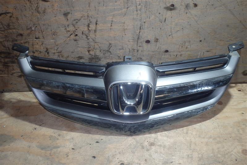 Решетка радиатора Honda Legend KB1 J35A