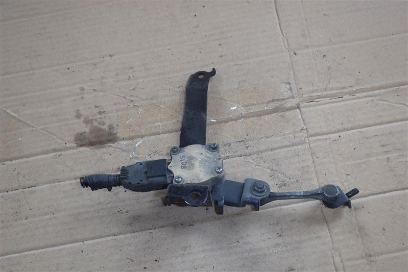 Датчик контроля высоты Honda Legend KB1 J35A передний