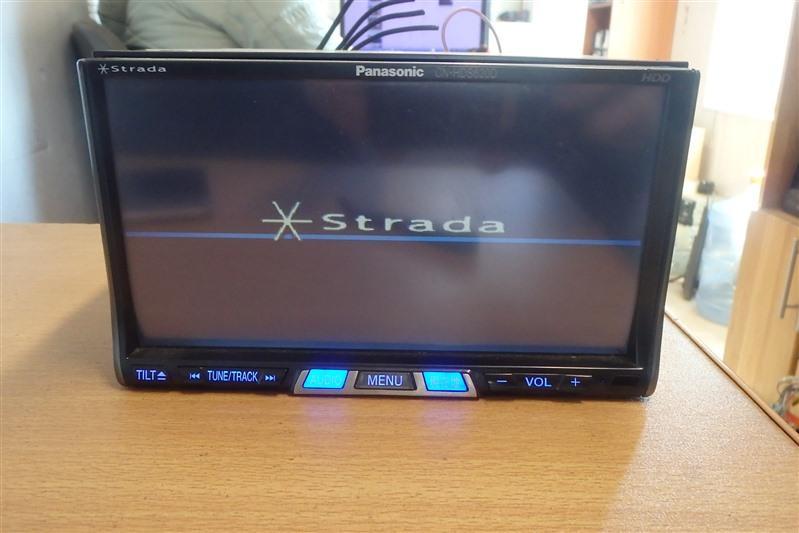 Магнитофон Panasonic Strada CN-HDS620D
