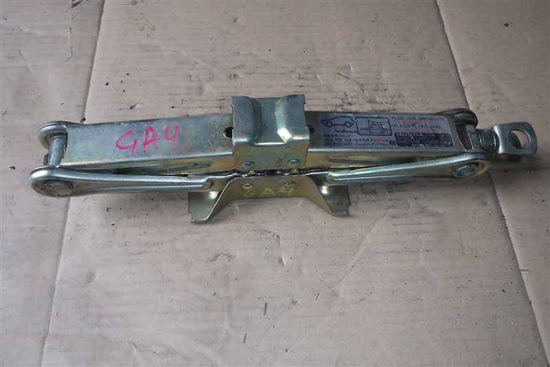 Домкрат Honda Capa GA4 D15B